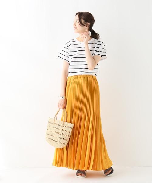 ボーダープルオーバー×オレンジスカート