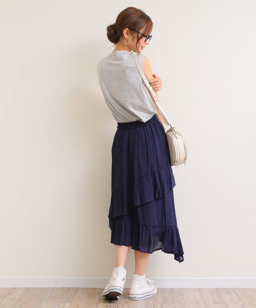 スラブスカートのコーデ