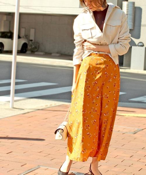 [12Twelve Agenda] スモールフラワープリントサテンスカート
