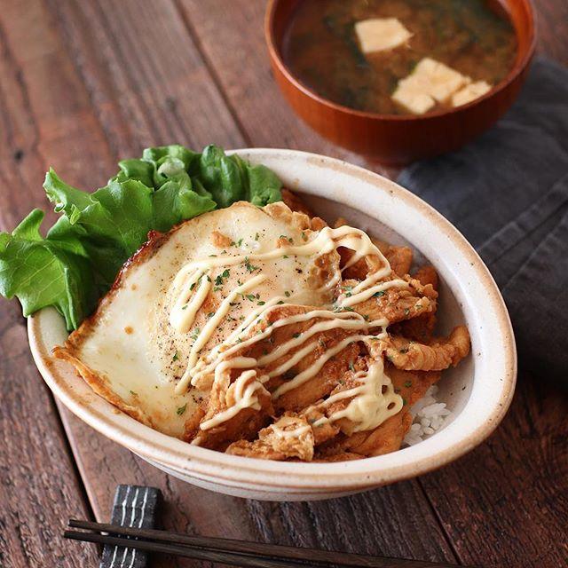 誕生日のディナーに!簡単鶏むね肉の生姜マヨ丼