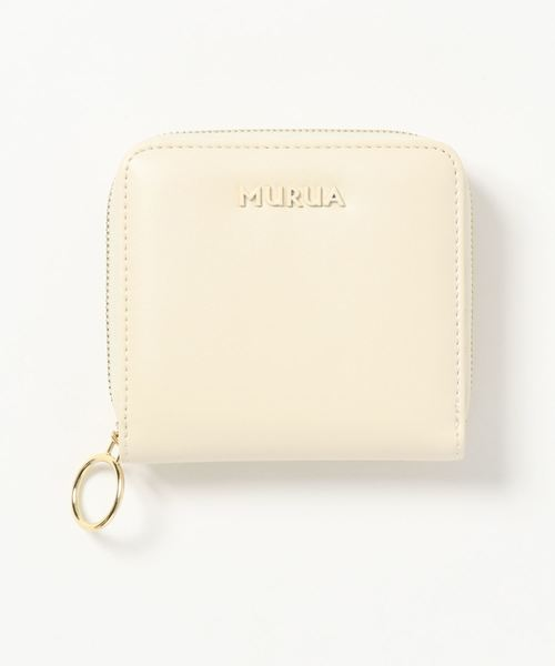 無駄のないデザインが大人女性に人気のミニ財布