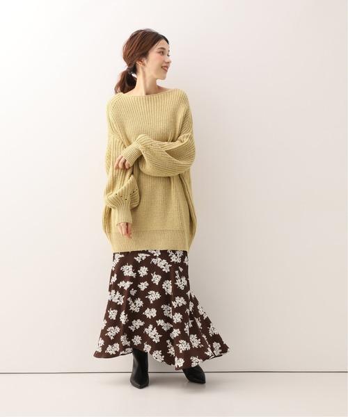 花柄スカートの体型カバーコーデ