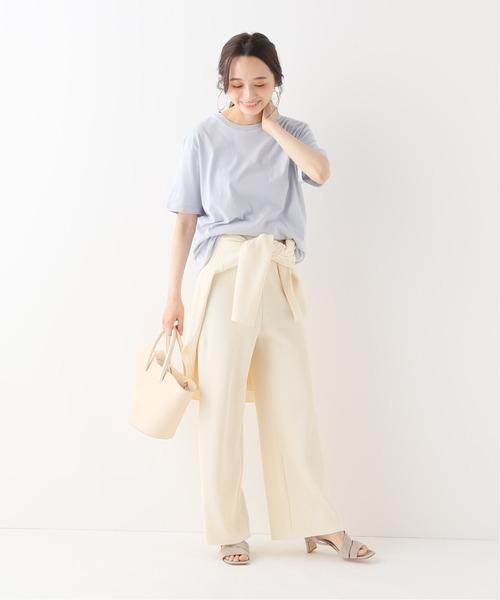 爽やかファッション◎Tシャツ×ホワイトパンツ