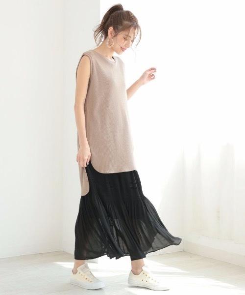 プリーツスカートのおすすめ涼感スタイル