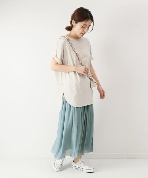 ギャザースカート×スリットTシャツ