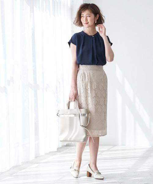 紺ブラウス×レーススカートの夏コーデ