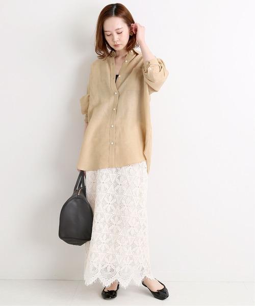 リネンオーバーシャツ×レースロングスカート