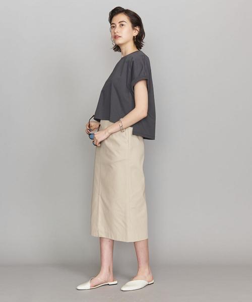 ワイドトップス×タイトスカートで作るメリハリ