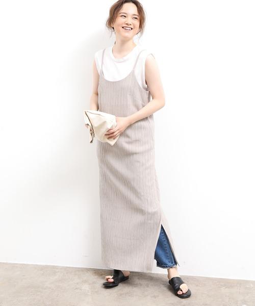 デニムパンツ×ファッションキャミワンピース