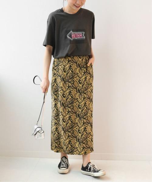 Iラインスカートのコーデ