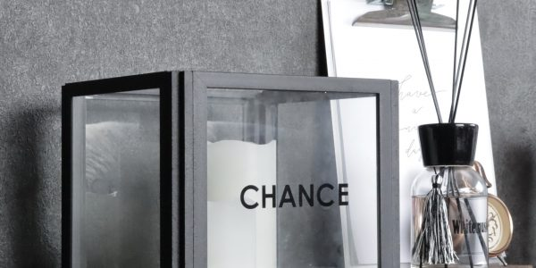 【連載】100均アートフレーム&角材で!海外インテリア風ライトカバーを簡単DIY