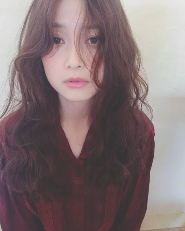 30代におすすめ♡ロング×パーマ(前髪なし)2