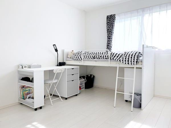 真っ白なシステムベッド