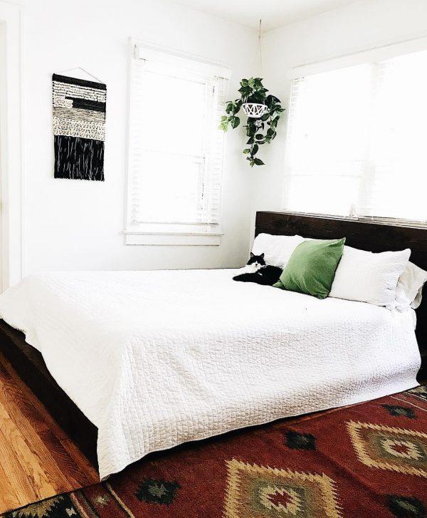 雑多感のないナチュラル寝室