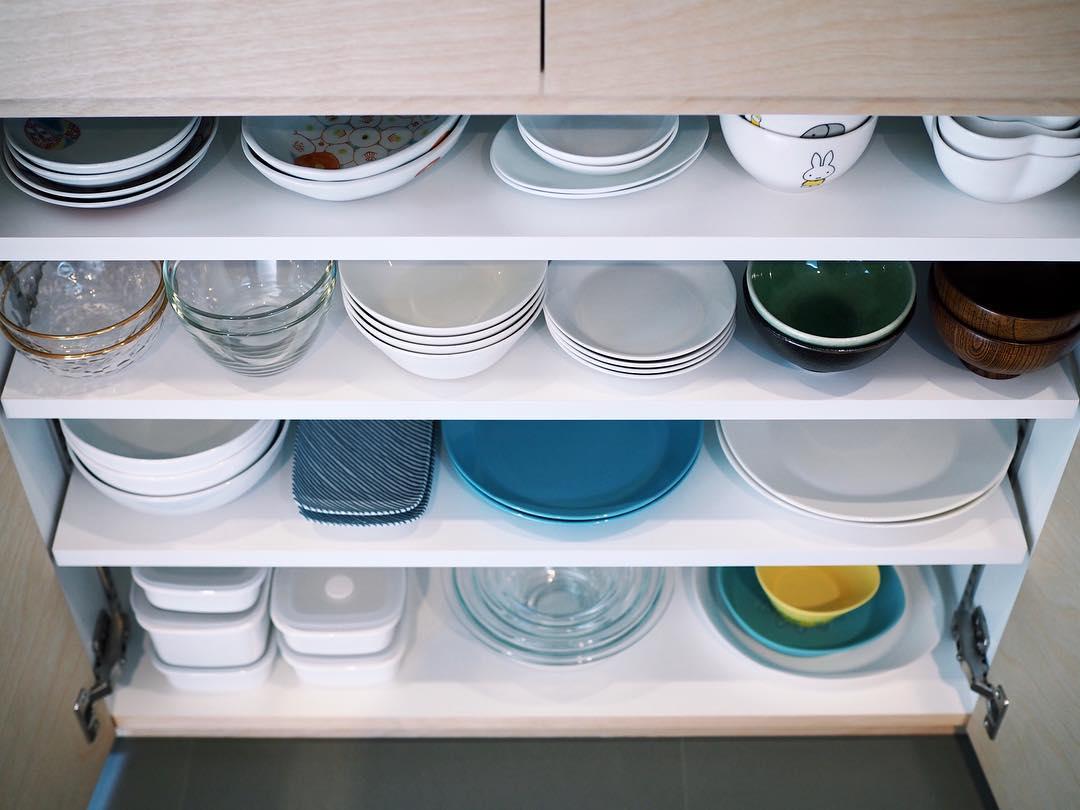 よく使う食器は手に取りやすい場所へ収納