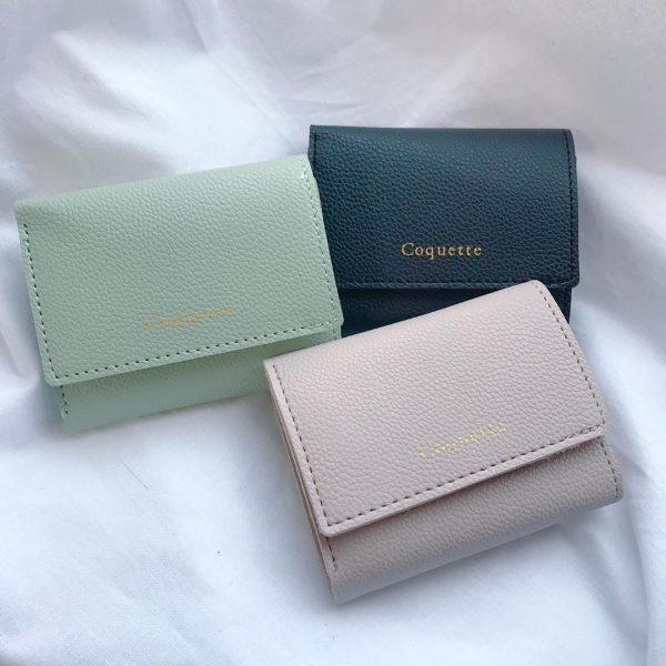 コンパクト三つ折り財布