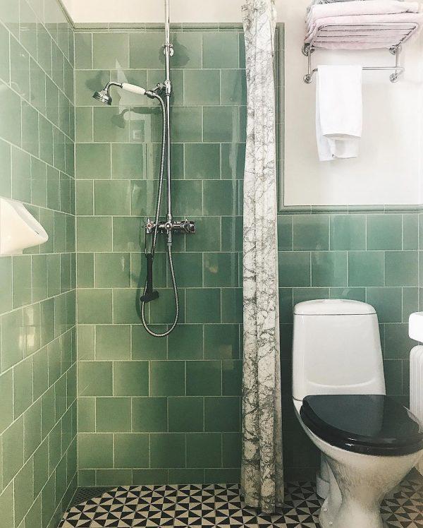 狭さを感じないバスルーム