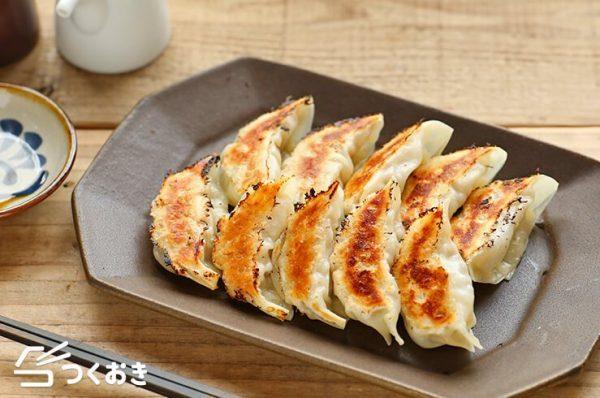話題の人気料理!簡単にできる白菜餃子