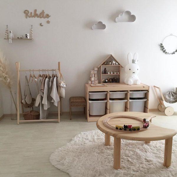 やわらかい雰囲気の子供部屋