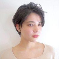クールビューティの代表♡《かきあげ前髪×ショート》のヘアスタイルをご紹介