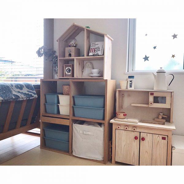 収納ボックスを組み合わせてすっきりとした子供部屋