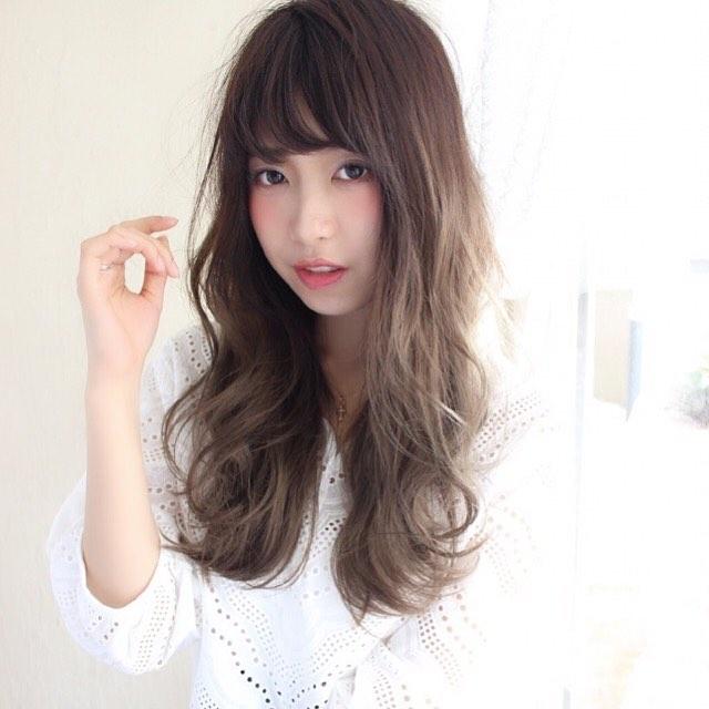 デートにおすすめのロングの髪型2