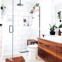 海外バスルームがお手本!『白タイル』のシンプル&ベーシックインテリア♡