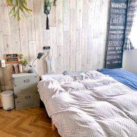 どんな色を合わせてもおしゃれに決まる♡寝室のアクセントクロス実例
