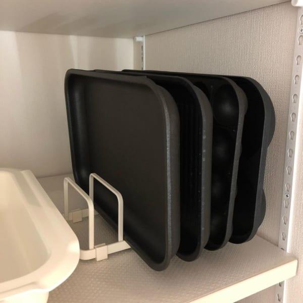 プレートスタンドの食器棚活用方法