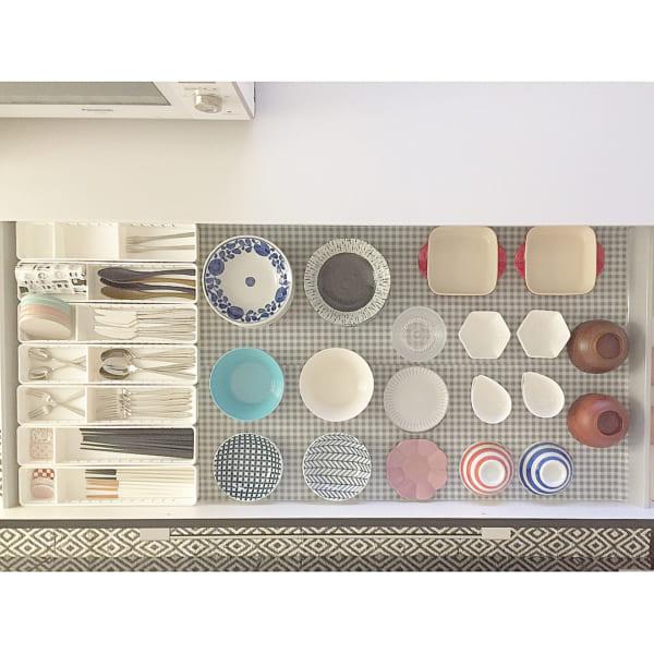 食器棚の引き出し収納実例