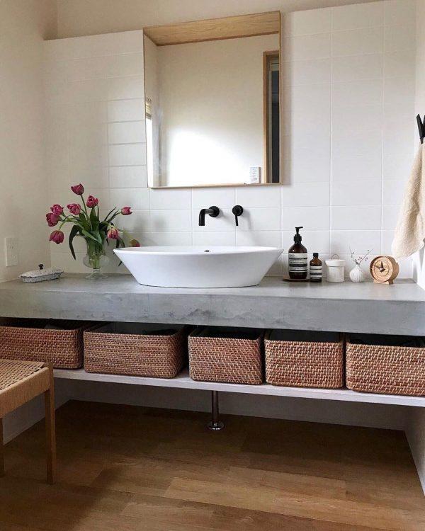 モルタルがかっこいい洗面所