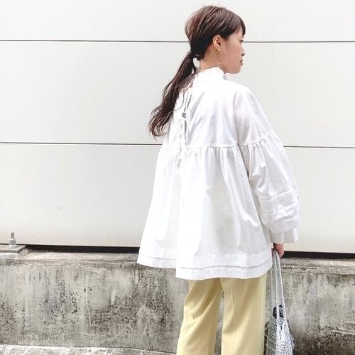 フリルブラウスコーデ【2020最新】大人の可愛さをプラスできる着こなしをご紹介