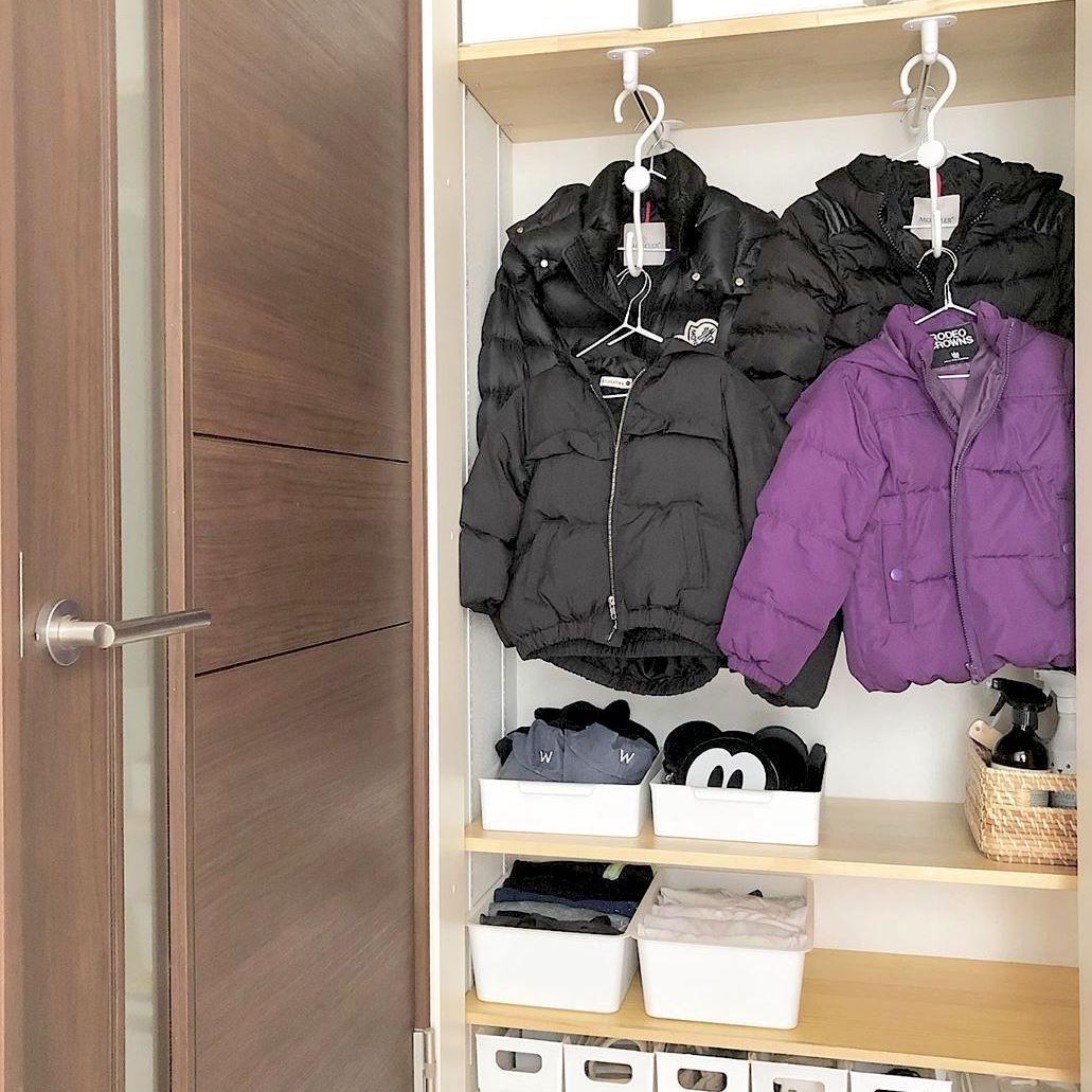 【セリア】で手に入れよう!衣類・バッグ収納に使えるおすすめアイテム