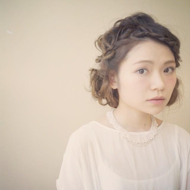 浴衣に似合うミディアムヘアアレンジ5.編み込み4