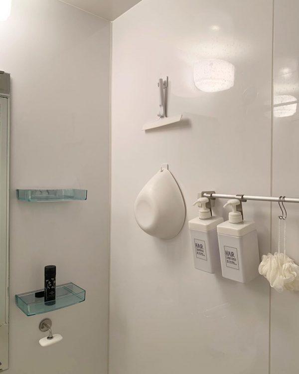 浴室グッズは乾きやすいよう収納する
