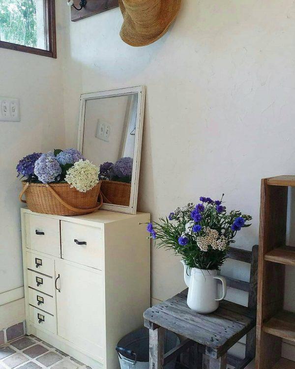 アンティーク椅子の花台