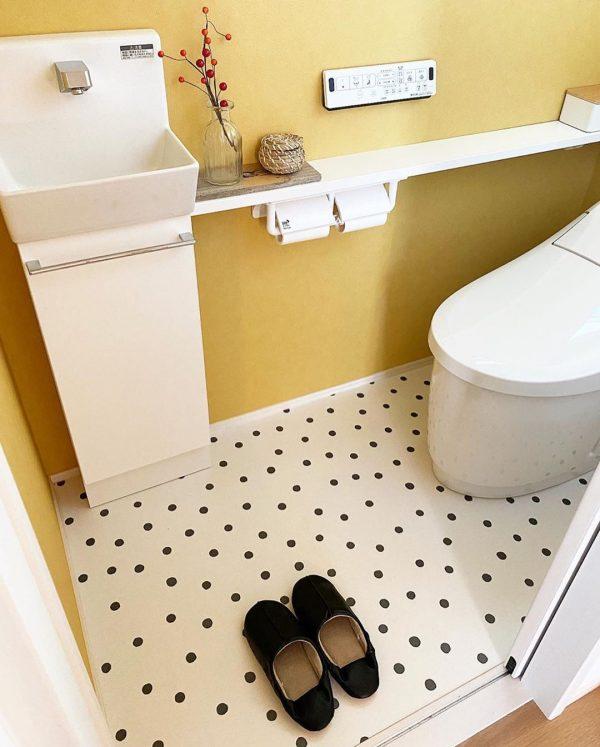 クッションフロアが可愛いトイレ