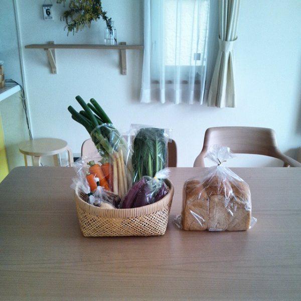 かごで野菜を収納する2