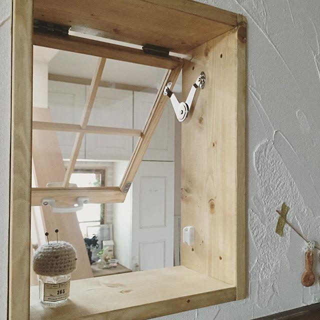 塗り壁と木枠の組み合わせ