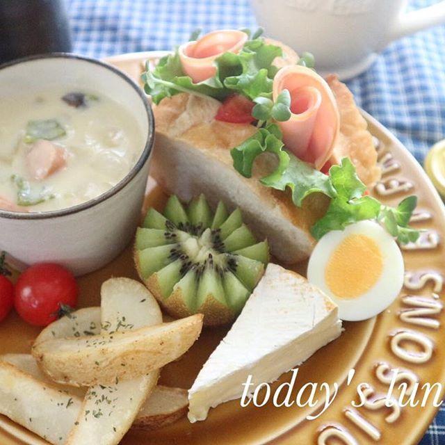 サンドイッチとシチューのワンプレート