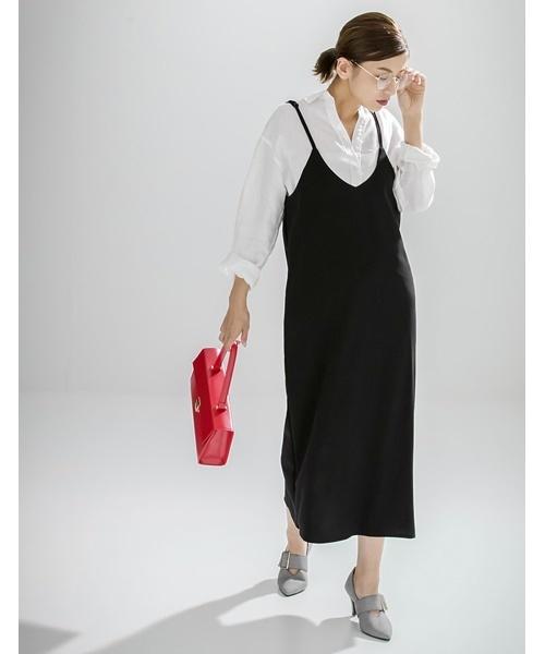 シンプルシャツ×ロングキャミワンピース