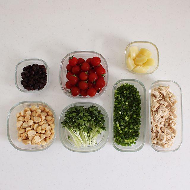カット野菜は保存容器に入れる
