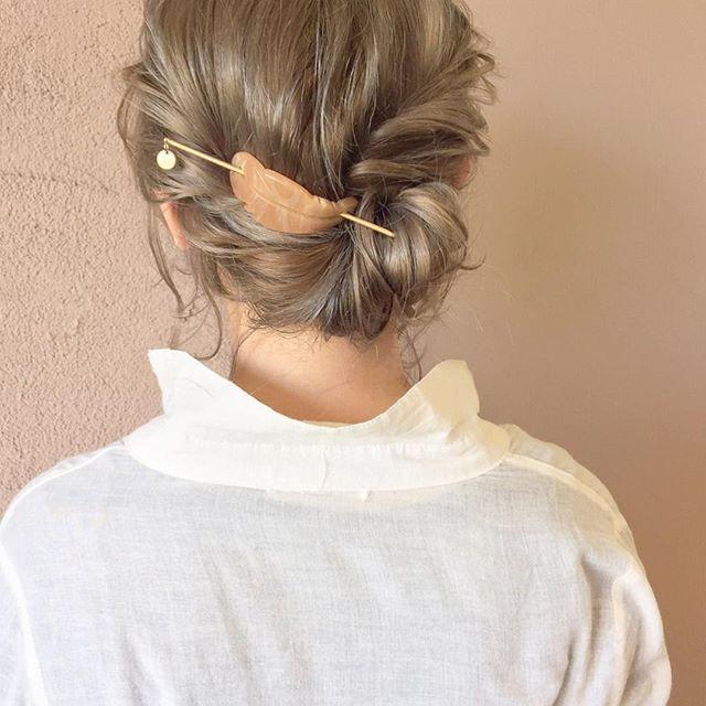 浴衣に似合うミディアムの簡単な髪型《シニヨン》3