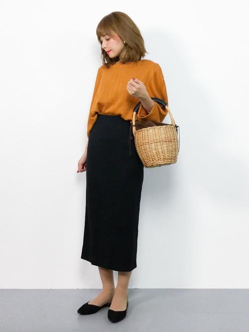 きれいめカジュアルなタイトスカートコーデ