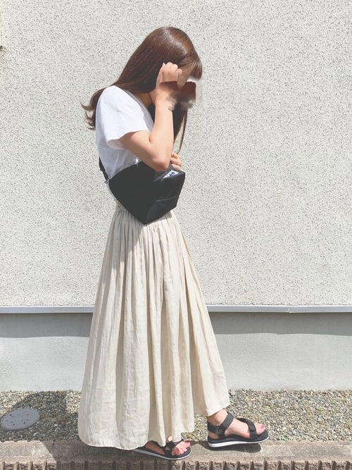 ユニクロのスカートを使ったお手本プチプラコーデ