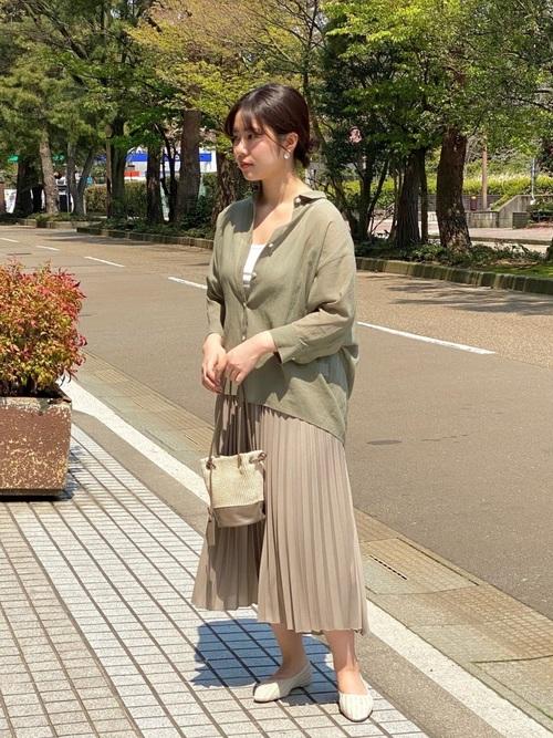 コットンシフォンシャツ×プリーツスカート