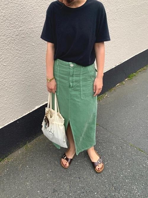 グリーンタイトスカート