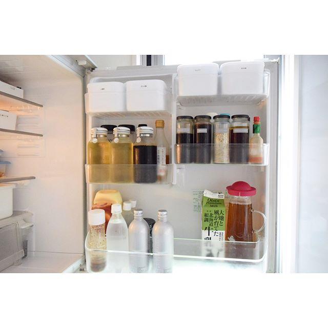 冷蔵庫の調味料入れも100均グッズが活躍!