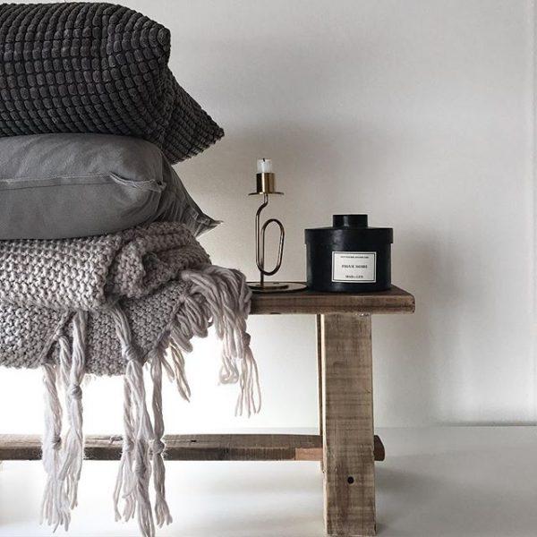 雑貨と家具の相性を考えて選ぶ