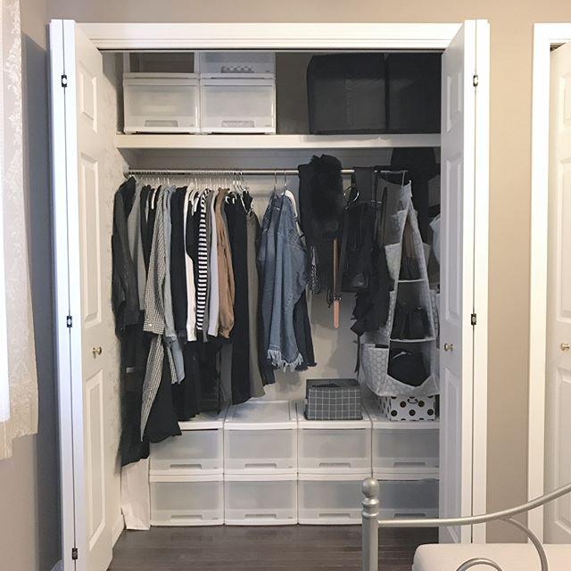 一人暮らしの収納アイデア《洋服》